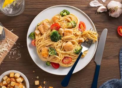 Quick Chicken Caesar Spaghettini