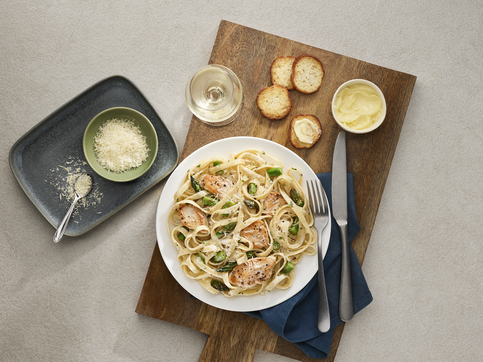 Chicken Asparagus Fettucine Alfredo Recipe