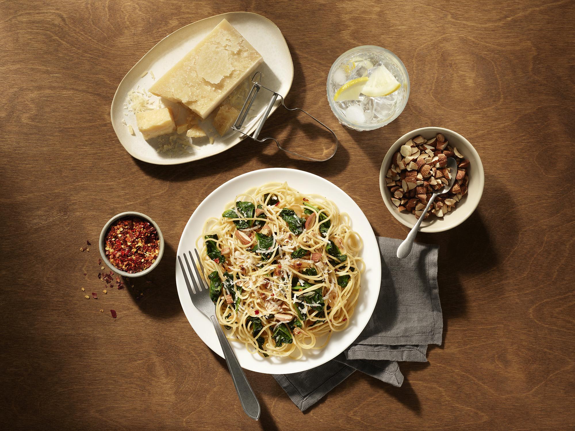 Spaghettini Garlic, Olive Oil, Spinach Recipe